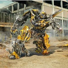 Even more Transformers: The Last Knight concept art! Transformers Decepticons, Transformers Autobots, Transformers Bumblebee, Marvel Fan, Marvel Avengers, Deadpool Mask, Last Knights, Sci Fi Fantasy, Concept Art
