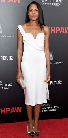 Naomie Harris in a sculptural one-shoulder curve-hugging Cushnie et Ochs at the Southpaw premiere.