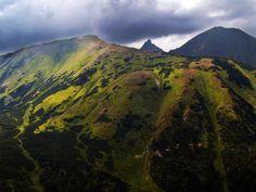 Widok z trasy na Wołowiec , Tatry Zachodnie, Zielone Wzgórza, POLSKA