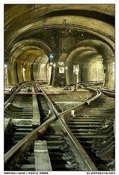 paris underground (metro)