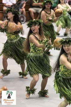 Sunday Show, April 8 2012 Photo by Yuko Ishikawa - Merrie Monarch Festival Hawaiian Dancers, Hawaiian Art, Miss Hawaii, Oahu Hawaii, Figi Islands, Polynesian Culture, Polynesian Dance, Tahitian Dance, Hula Dancers
