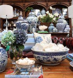 Hydrangea Hill Cottage: Moodboard Monday - Blue and White Delight Blue And White China, Blue China, Blue Rooms, White Rooms, Urban Deco, Theme Color, White Houses, White Decor, White Porcelain