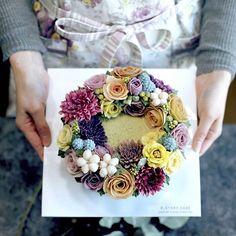 일본 오사카에서 오신 수강생분 작품 #beanpaste #foodstagram #buttercream #foodstyling #flower #flowercake #instacake #wilton #bakingtime #앙금플라워 #케이크만들기 #수제케이크 #베이킹클래스 #앙금꽃케이크 #떡케이크 #주부창업 #꽃스타그램 #디저트 #달달해 #케이크 #플라워케이크 #꽃케이크 #일본 #예쁘다그램 #フラワーケーキ #cooking #cakestagram #rose