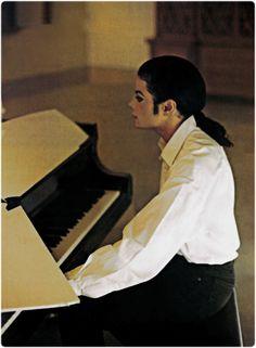 <3 Michael Jackson <3 - Stunning photo