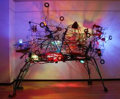 Utah artist Andrew Smith creates incredible kinetic sculptures from stuff found in junk yards and garage sales. His junk collection fills a 30-by-50-foot steel structure, and from the thousands of discarded industrial scraps he assembles mechanical machines from scratch. His intricate sculptures, which meld industrial motifs with organic elements, present works of fascination and fancy !