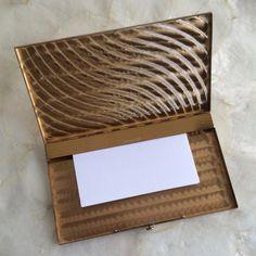 https://i.pinimg.com/236x/bc/40/b1/bc40b109ad30ef9fbe0f37018339710f--vintage-cigarette-case-card-case.jpg