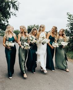 """Rock My Wedding on Instagram: """"If you're looking for a head-turning gown for your bridal party you should definitely consider satin bridesmaid dresses 👗✨  . #LinkInBio…"""""""