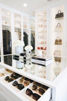 Closet Mirror, Bedroom Closet Doors, Master Closet, Mirror Bedroom, Dressing Ikea, Dressing Room Design, Dressing Rooms, White Closet, Closet Layout
