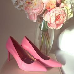 Zara pink heels size 38 New with box & tags , SIZE 38, according to previous feedback these fit like a 7.5 Zara Shoes Heels