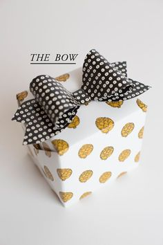 CHIC GIFT WRAPPING IDEAS | Best Friends For Frosting