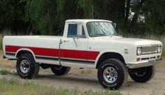 RARE 1971 International Pickup 1210, 4x4, 3/4 ton, Camper Special Edition