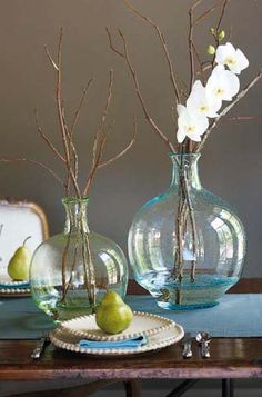 Simple, elegant table setting. Gorgeous Bottleneck Vases via http://athomewithwillowhouse.tumblr.com/post/8631393361/our-lady-jane-bottleneck-vases-are-modeled-after