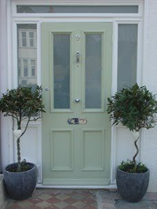Another choice by the doors House Front, Victorian Door, Victorian Front Doors, Front Doors Uk, Front Door, Entry Doors, Green Front Doors, Cottage Front Doors, Doors