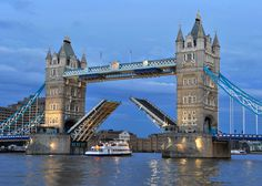 Find the best places to visit in London on a short holiday or break http://www.usefultravelsite.com/best-places-to-visit-in-london-as-a-tourist/
