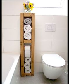 Toilettenpapierhalter Handtuchhalter Klopapierhalter von Holzmann Toilet paper holder Towel holder Toilet paper holder by Holzmann Best Toilet Paper, Toilet Paper Storage, Wooden Toilet Paper Holder, Toilet Roll Holder Basket, Toilet Paper Stand, Toilet Paper Dispenser, Diy Holz, Bathroom Toilets, Bathroom Storage
