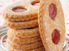 Découvrez la recette Biscuit lunette sur cuisineactuelle.fr.
