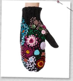 Absolutely smitten with this embroidered mitten
