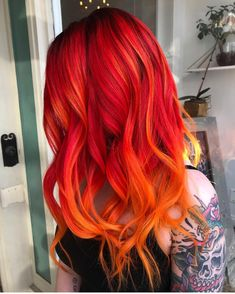New Hair Curly Color Ideas Ombre Red 32 Ideas Vivid Hair Color, Bright Red Hair, Beautiful Hair Color, Cool Hair Color, Blue And Red Hair, Hot Hair Colors, Bright Hair Colors, Colourful Hair, Orange Ombre Hair