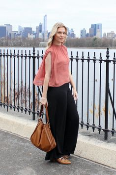 Brooke-Lyn Edmonds | Blog | EARTHY NEUTRALS #rose #flowy #loose #bag #handbag #wide #leg #pants #black #brown #brogues #shoes #blonde #hair #blog #blogger #fashion #style #personal #ootd #outfit #copy #spring #new #york #city #NYC #love #pretty #professional #chic