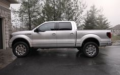 inch leveling kit before and after 2011 Ford F150, Ford F150 Fx4, F150 Lifted, F150 Truck, New Trucks, Cool Trucks, Pickup Trucks, Ford F150 Custom, Ford 4x4