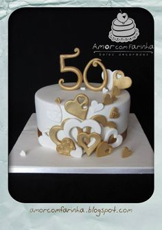 Anniversary Cakes Golden Wedding Anniversary Gateaux St Valentin Birthday Cakes For Women Occasion Cakes Themed Cakes Cake Art Cake Bolo Original Golden Anniversary Cake, 50th Wedding Anniversary Cakes, Fondant Cakes, Cupcake Cakes, Rodjendanske Torte, Birthday Cakes For Women, Cake Birthday, 50th Birthday, 50th Cake