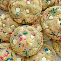 White Chocolate Funfetti Pudding Cookies Recipes Funfetti Cookies are loaded with white chocolate, funfetti sprinkles, and instant pudding mix which makes the. Cake Batter Cookies, Cake Mix Cookie Recipes, Pudding Cookies, Dessert Recipes, Oreo Pudding, Pudding Pies, Pudding Recipe, Chip Cookies, Sugar Cookies