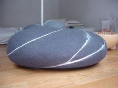 grosserkiesel2 felt Stone