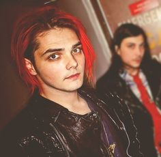 My dad said Gerard has awesome eyes. I have to say I agree.<< same