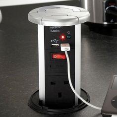 Pop-up plug socket