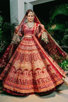 We can't get over how beautiful this designer bridal lehenga looks on this bride!