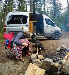 camping Families Tips vanlife with a dog tips and tricks. Advice on packing essentials. camping Families Tips vanlife with a dog tips and tricks. Advice on packing essentials. Michael Nelson vanleben […] life tips and tricks 5th Wheel Travel Trailers, Small Travel Trailers, Camping Guide, Camping Hacks, Rv Hacks, Minivan Camping, Camper Van Conversion Diy, Your Pet, Traveling By Yourself