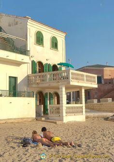 La casa sul mare di Montalbano a Marinella. Sicilia