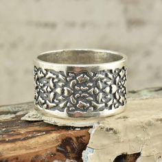 P Boxed Sterling Silver Oxidized Twisted Spiral Band Stacking Ring H