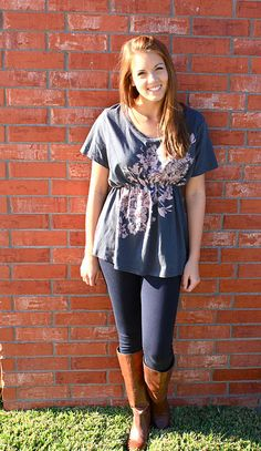 Cinch Tee - make a huge shirt fit just right!  Great for leggings and skinny jeans!