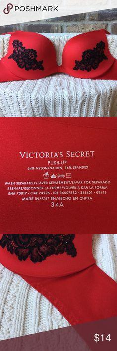💰💰Victoria's Secret bra FINAL PRICE 💰💰 34A Victoria's Secret push-up bra. Victoria's Secret Intimates & Sleepwear Bras
