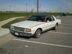Chevy Caprice Classic, Chevrolet Caprice, Monte Carlo For Sale, 70s Cars, Old Classic Cars, Chevy Impala, Dream Garage, Cool Cars, Automobile