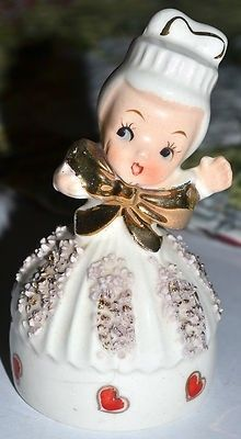 VINTAGE NORCREST VALENTINE HEART GIRL BELL, WHITE DRESS, RED HEARTS, GOLD TRIM (01/29/2013)