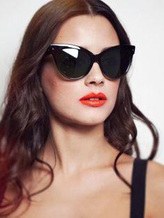 Oversized Cat Eye Sunglasses  The Diva van shevamps op Etsy