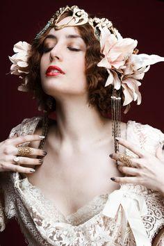 Channeling Alfons Mucha and Sarah Bernhardt. Ana Rivka - Miss Pandora.