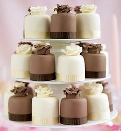 Petit Fours instead of a cake. Mini Wedding Cakes, Wedding Cakes With Cupcakes, Mini Cakes, Cupcake Cakes, Cupcake Wedding, Cup Cakes, Beautiful Cakes, Amazing Cakes, Fancy Cupcakes