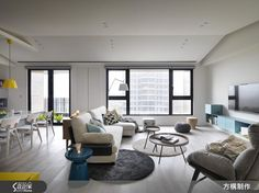 Wohnzimmer naturfarben ~ Wohnzimmer grautoene modern regale hinter sofa wohnideen