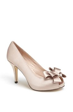 Free shipping and returns on Menbur Bow Peep Toe Pump at Nordstrom.com. An elegant bow perfects a princess-worthy pump wrapped in radiant satin.