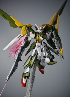 HGBF 1/144 Gundam Fenice Rinascita: Modeled by eddietan. PHOTO REVIEW http://www.gunjap.net/site/?p=249728