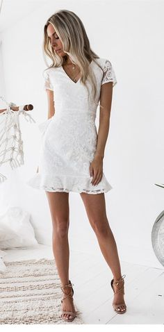 V Neck Party Dress, V-neck Party Dress, Party Dress Lace, Homecoming Dresses White, Lace White Party Dress Homecoming Dresses 2018 White Homecoming Dresses, Hoco Dresses, White Graduation Dresses, Homecoming Dresses Short Tight Sleeves, Mini Dresses, Formal Dresses, Short Prom, Beach Dresses, Vestidos Off White