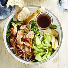 A healthier WW recipe for Hoisin pork and nashi pear salad ready in just Get the SmartPoints plus browse our other delicious recipes today! Pear Recipes, Ww Recipes, Fruit Recipes, Delicious Recipes, Yummy Food, Healthy Recipes, Pork Fillet, Pear Salad, Spinach Leaves