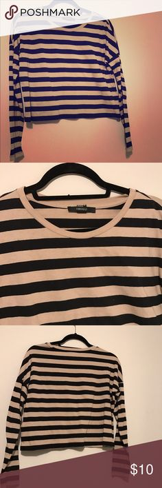 Striped forever 21 cropped long sleeve top Great top from forever 21 in perfect condition! I love the color combo of the taupe and black stripes. Can be worn alone or with a black tank underneath. Forever 21 Tops