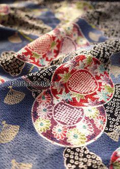 Japanese Kimono Fabric Vintage looking Blue With Red por fabricmade