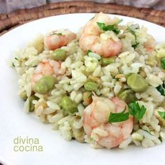 Rice with shrimps Mexican Food Recipes, Healthy Recipes, Ethnic Recipes, Healthy Food, Good Enough To Eat, Slow Food, Learn To Cook, Paella, Pasta Salad