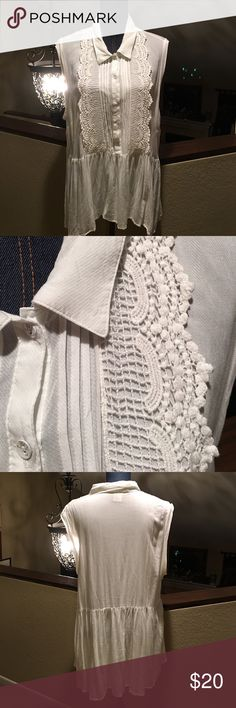 """American Rag Tunic American Rag Tunic. Size 2X. White button down front to waist with lace and gathers on both sides of front middle. Top measures 251/2"""" from armpit to armpit. Length front top to bottom 27"""" with back 3"""" longer. Used but great condition. ❌No Trades❌Proceeds go towards feeding the homeless❗️ American Rag Tops Tunics"""