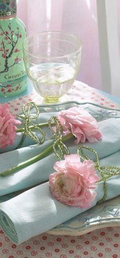 Green tea meets #Shabby-#Chic Luxurydotcom